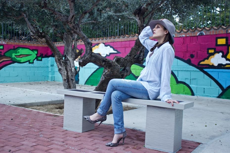 lara-vazquez-madlula-fashionblog-style-streetstyle-ootd-glamour-jeans-blue