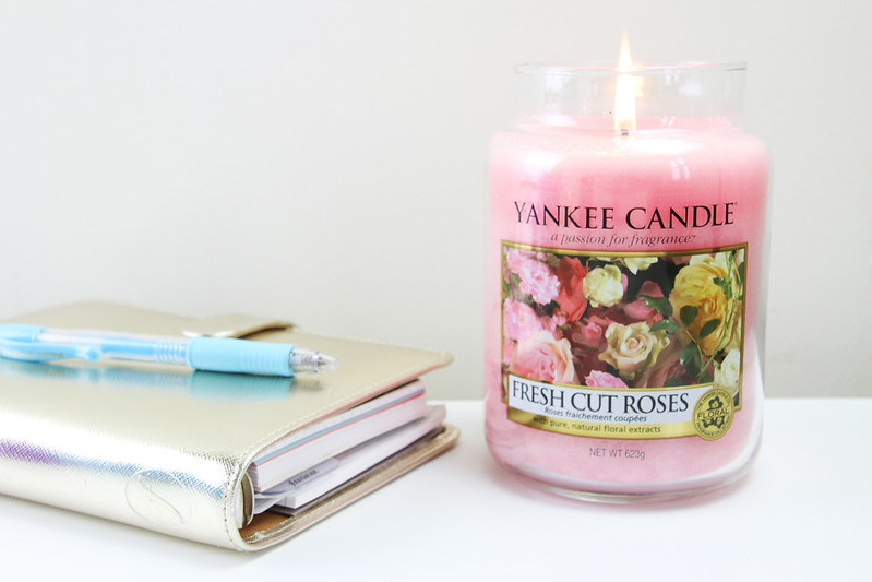 fresh-cut-roses-candle