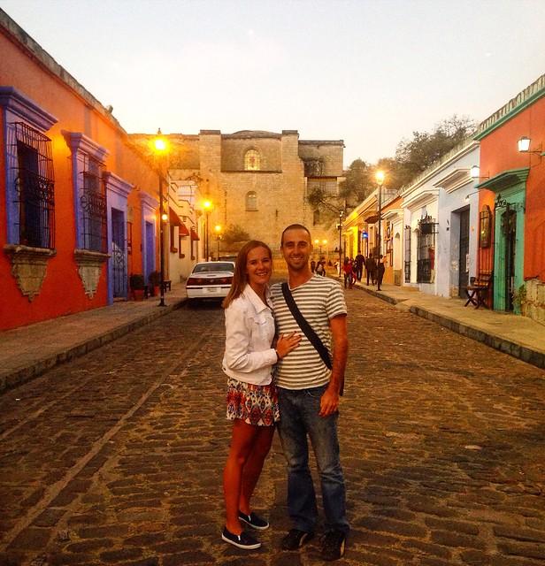 A Cruising Couple on Oaxaca