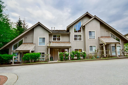Storyboard of Unit 521 - 1485 Parkway Boulevard, Coquitlam