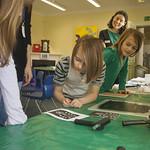 Eilidh Muldoon leads a creative workshop for kids | © Robin Mair