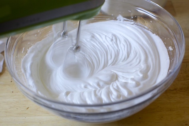 beating egg whites and sugar