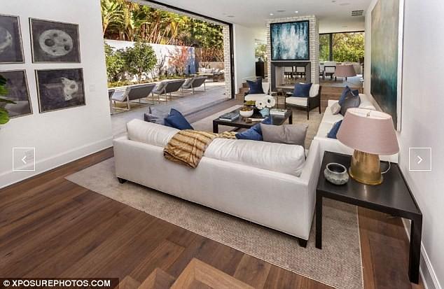 Дом открытой планировки в Голливуде
