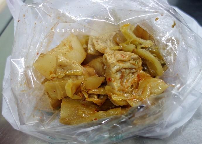 14 嘉義文化路夜市必吃 阿娥豆花、方櫃仔滷味、霞火雞肉飯、銀行前古早味烤魷魚
