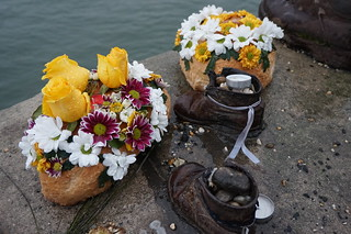 Shoes on the Daube Promenade, Budapest