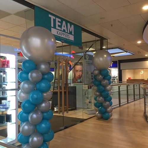 Ballonpilaar Breed Rond 20 Jarig Jubileum Team Kappers Zuidplein Rotterdam