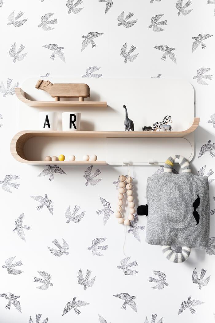 Rafa-kids shelf