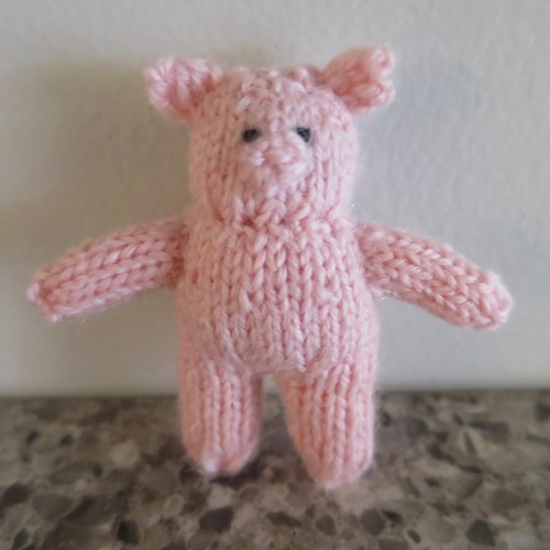 Iron Craft '16 Challenge #6 - Tiny Knit Pig
