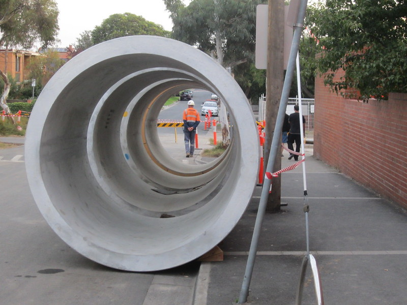 Bentleigh level crossing works - pipes