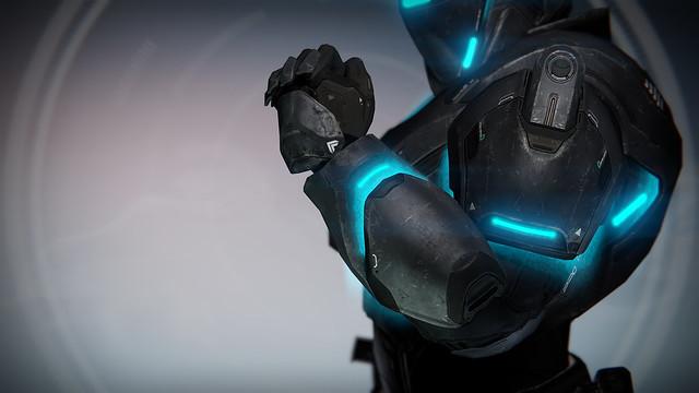 Titan_spektar_gauntlets