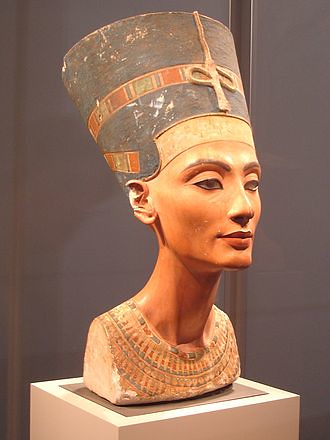 36_Nefertiti_berlin
