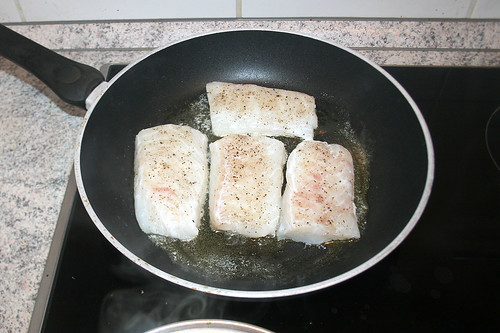 34 - Kabeljau braten / Fry cod