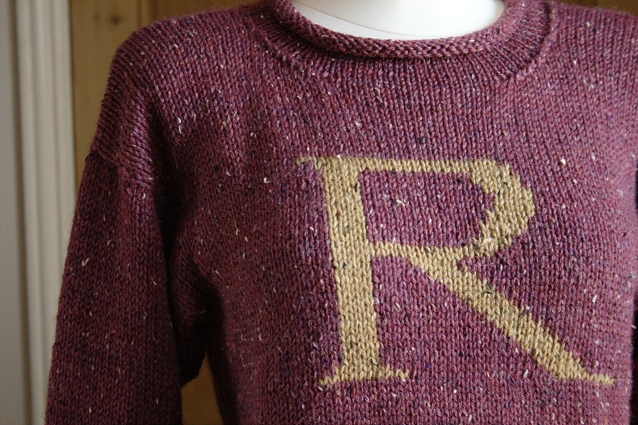 Finished: a Weasley Jumper Renee And The Cats Meow