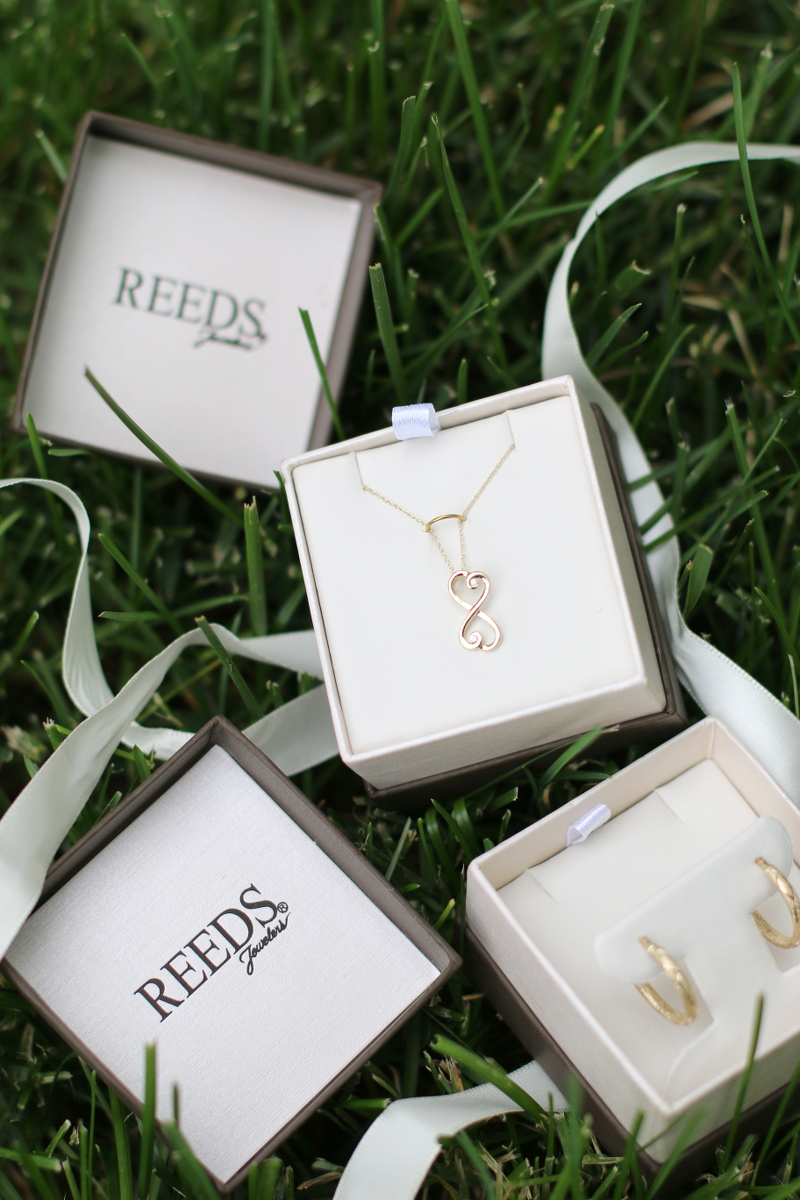 Reeds-Jewelers-necklace-heart-pendant-3