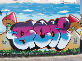 201104020022_graffiti_resize