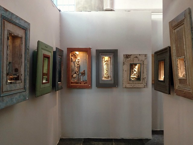 Peter Gabrielse, box art, exhibiting in Kunst&Antiek Werkend, at Grote Kerk, Naarden, The Netherlands.