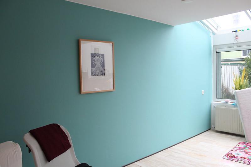 Multivroon woonkamer make over plus tip voor ongelijke muren - Verf babykamer ...