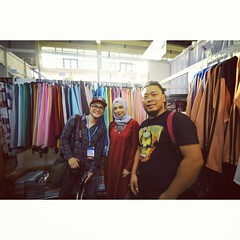 Me and my colleague took the opportunity to take a photo with @noradanish at BIFASH during the Meet The Fans session at BRIDEX #NoraDanish #NoraDanishInBrunei #OwlByND #OwlByNoraDanish #BIFASH #Brunei