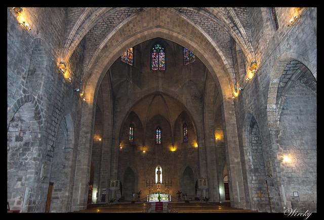 Girona Roses Cadaqués Figueres Peralada - Iglesia de Sant Pere