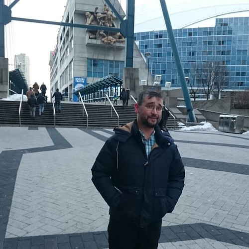 By the Rogers Centre, courtesy @stevedegrace #toronto #me #rogerscentre