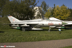1901 - 761901 - Polish Air Force - Mikoyan-Gurevich MiG-21PF - Polish Aviation Musuem - Krakow, Poland - 151010 - Steven Gray - IMG_0231