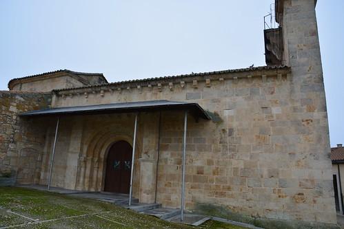 Almenara de Tormes (Salamanca). Santa María la Mayor. Vista norte