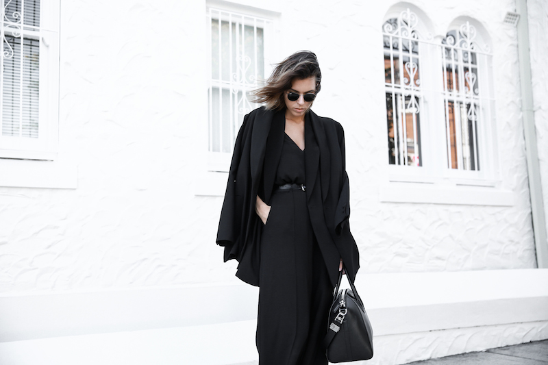 all black street style office work wear inspo suit Givenchy Antigona medium fashion blogger modern legacy  (3 of 11)