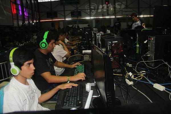 Ragnarok 2016: Más de 100 ciberdeportistas participarán en torneos