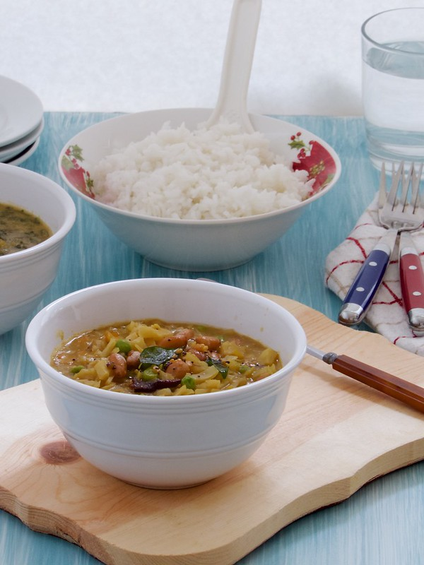 Cabbage Kadalai Kootu | Muttagose Kadalai Kootu