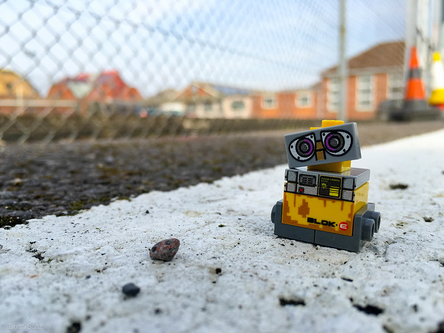 Exploring with Wall-E (72:366)