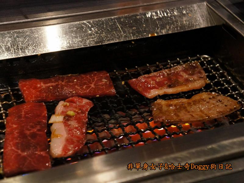 日本咖哩豬排飯&和牛燒肉土古里20