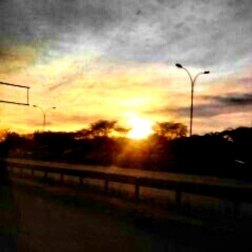 africa sunset nairobi mobipic lategram uploaded:by=flickstagram kenya365 kenya365fromwhereiam instagram:photo=422841049598978183227669921 instagram:venuename=safariparkhotelandcasino instagram:venue=16871311 kenya365sunset