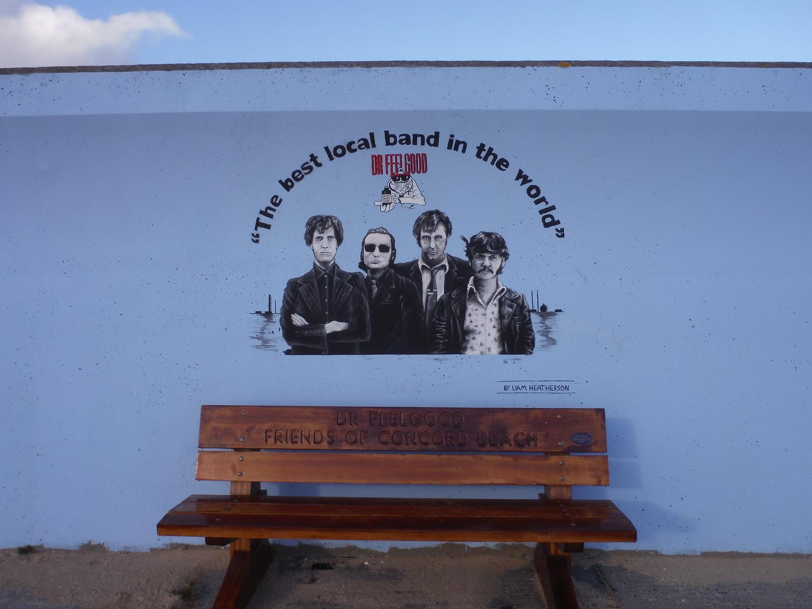 Dr. Feelgood bench and mural, Concord Beach, Canvey Island SWC Walk 258 Benfleet Circular (via Canvey Island)