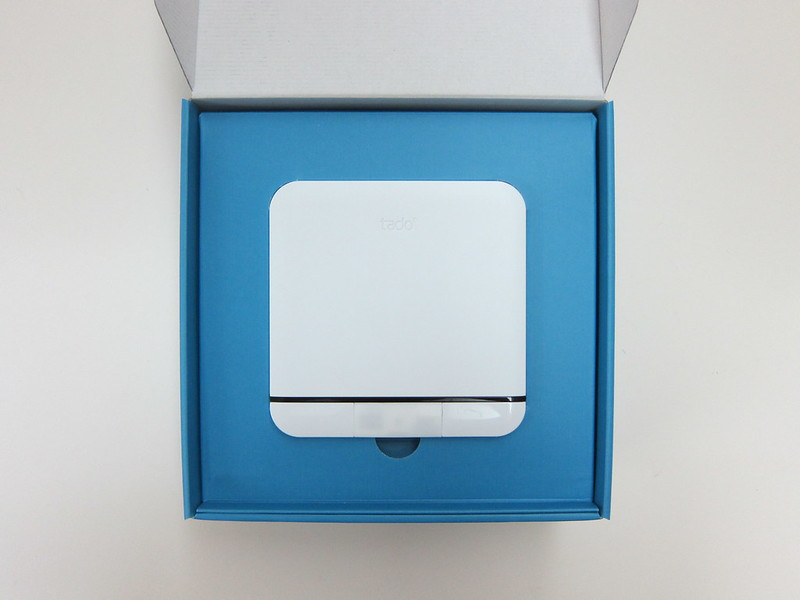 tado Smart AC Control - Box Open