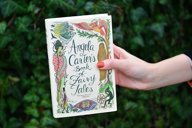 Angela_carter's_book_of_fairytales