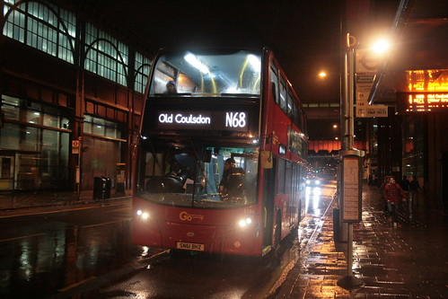 London Central E186 on Route N68, Waterloo