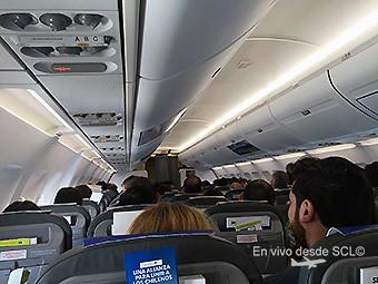 Sky Airline A320 interior pasajeros (Felipe Muñoz)