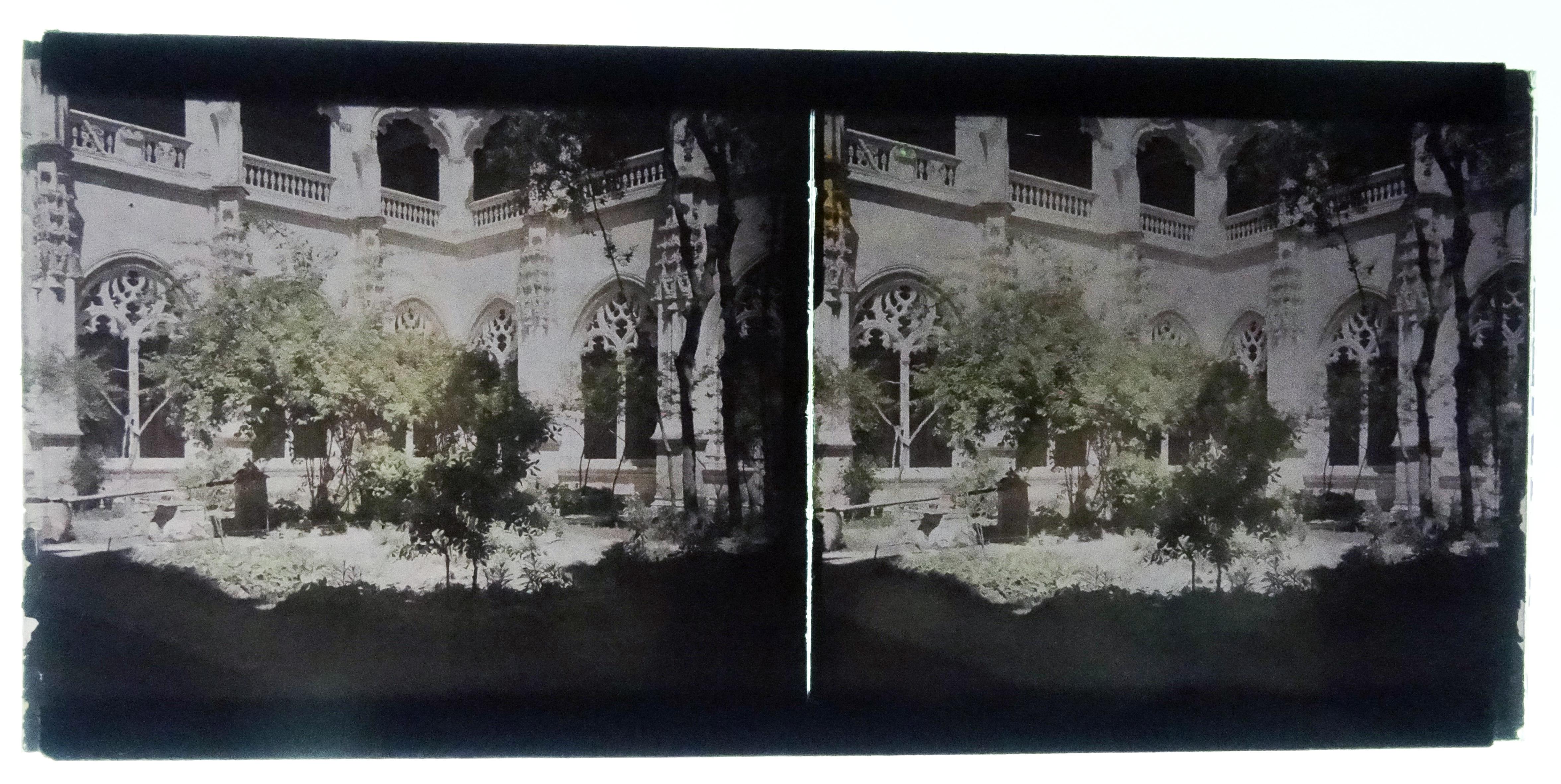 Autocromo del Claustro de San Juan de los Reyes. Fotografía de Francisco Rodríguez Avial hacia 1910 © Herederos de Francisco Rodríguez Avial
