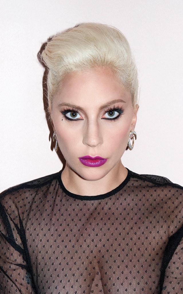 Леди Гага — Фотосессия для «V» TR 2016 – 3