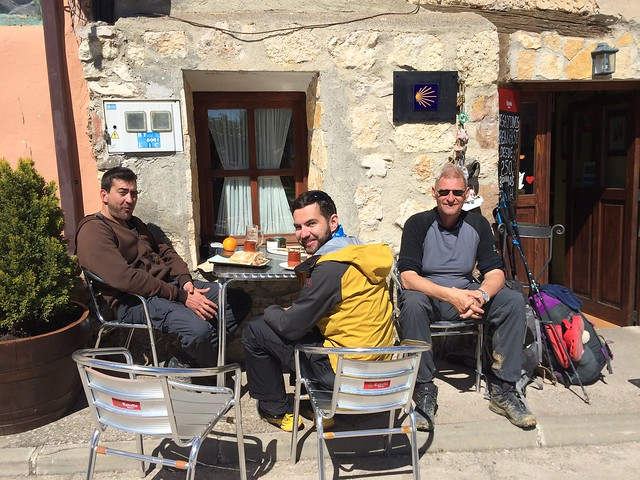 Javier, Ciprian and Anders enjoy lunch in Agés