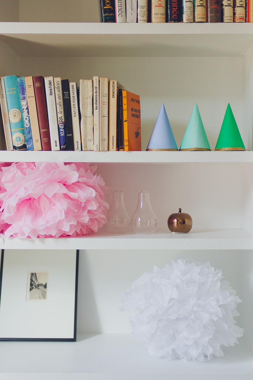 shelves sweet inn ponthieu I Paris apartment