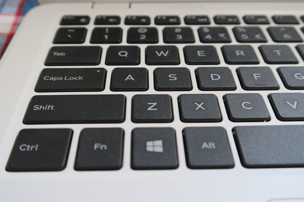Dell Inspirion 11 3000 keyboard