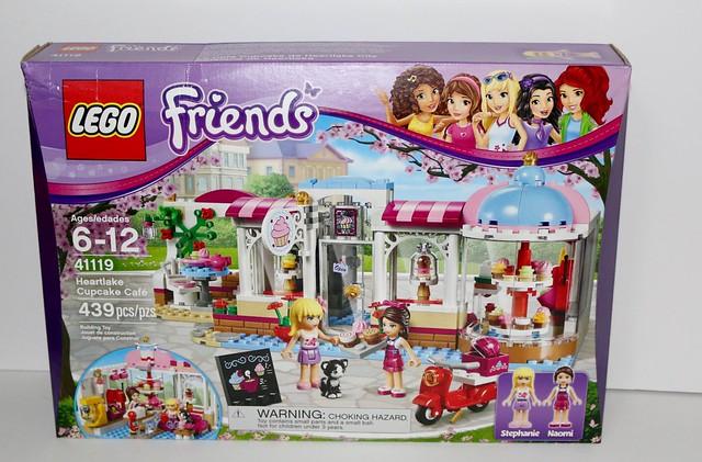 Review 41119 Heartlake Cupcake Cafe Brickset Lego Set Guide And