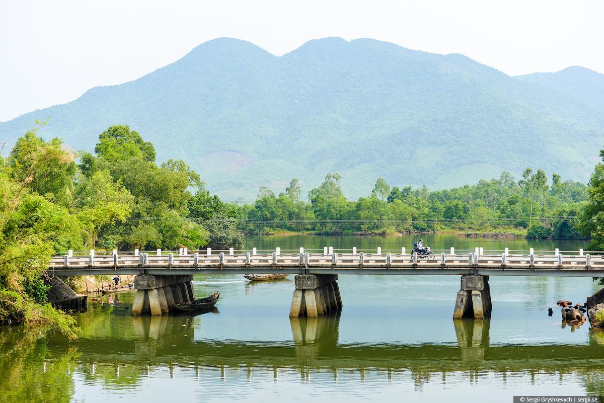 vietnam_reunification_express_train-29