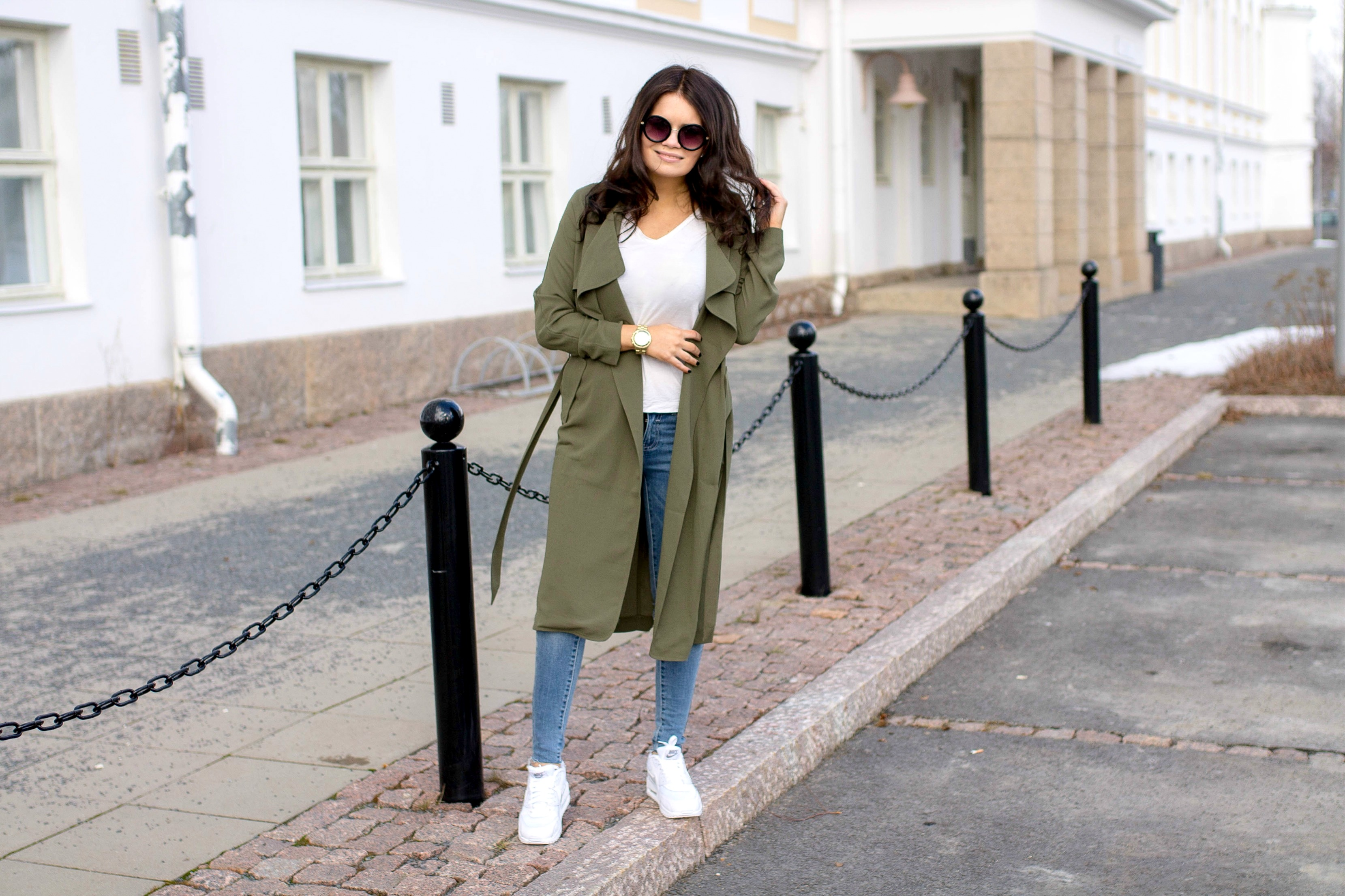 green trench coat1