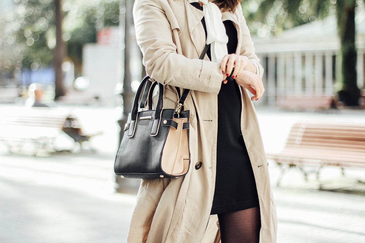 styleheroes-dorothy-perkins-pinafore-dress-trench-baby-marta-celine-sunglasses-streetstyle-myblueberrynightsblog