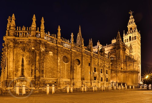 Seville Jan 2016 (10) 031 - Around and about the Cathedral at night