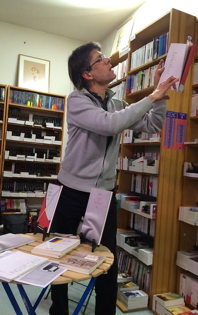Lecture à la librairie le Presse papier d'Argenteuil IMG_0310
