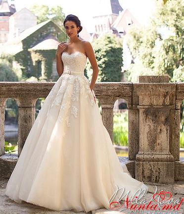 Salon de Mariaj Cocos-Tot luxul și eleganța modei de nuntă într-un singur loc! > SABRINA