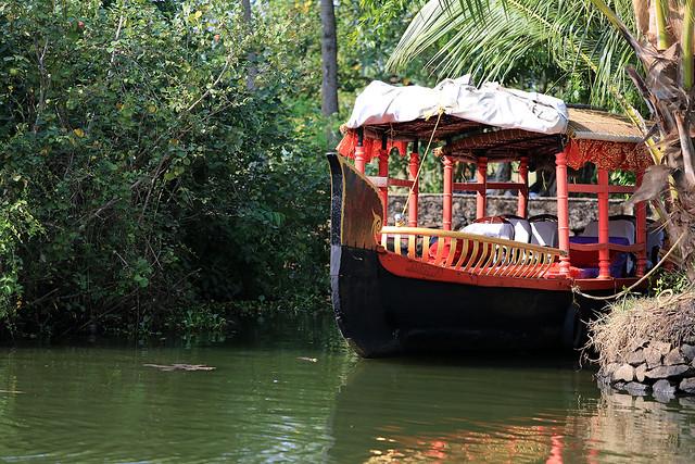 1604India-Boating12